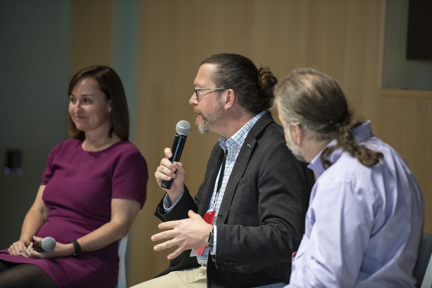 Carnegie Mellon University's Norman Bier and Lumen Learning's Kim Thanos participating in a panel discussion.